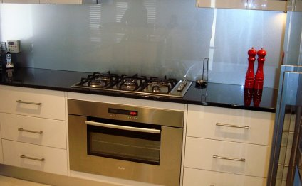 Kitchen cabinets bench tops